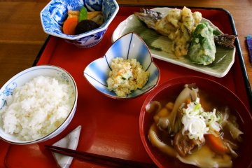 <p>Delicious food from the Yū Wa restaurant</p>