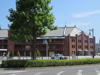 横滨红砖仓库