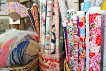 <p>Washi is traditional Japanese paper made with long fibers from three different plants. A variety of beautiful designs are&nbsp;available. Photo taken at the shopping plaza in&nbsp;Kamakura.</p>