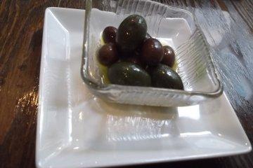 <p>My olives</p>