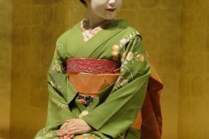 Une Maiko, apprentie Geisha