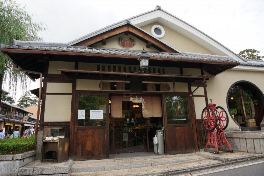 ร้าน Inoda Kiyomizu เดินจากวัด Kiyomizu ไม่กี่นาที