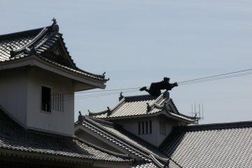 从风格和外形上完美复制了日本古典建筑