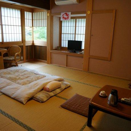 นอนวัดที่ Sekisho-in โคยะซัง