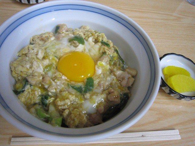 親子丼。卵が新鮮で美味しい