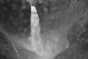 The falls in B&W.