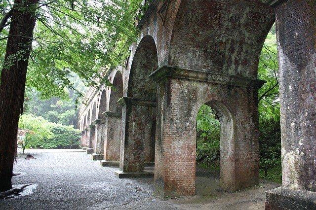 煉瓦作りの美しい水路閣