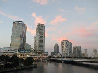 Enjoy Yokohama's architecture, sky and seaside views at MinatoMirai 21