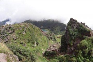 Trekking Nikkō National Park