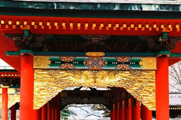 <p>One of the corridors on the wings of &#39;Koyomon Gate&#39;. The multi-colored gorgeous decorations flabbergasted me!</p>