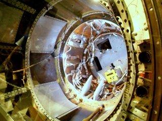 液体ロケットエンジン内部