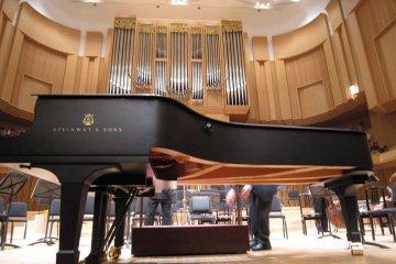 福井「ハーモニーホール福井」でクラシックコンサートを楽しむ