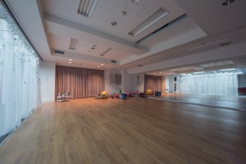 <p>The shared fitness room is a space to flex your biceps and show your fresh moves</p>