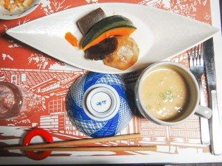 Labu dan kentang serta cream soup yang sedap disantap saat hangat