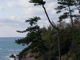 A perfect combination of sea and sky, rocks and trees