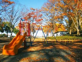 Disediakan taman bermain di sini