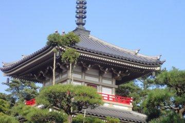 A Temple Stroll in Shihei-machi