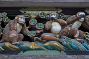These monkey carvings represent various phases of human life (birth, childhood, adolescence, and so on)