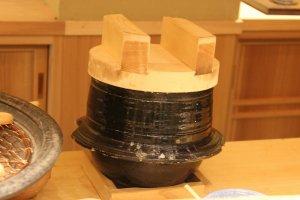 煮え端を供するための炊飯釜