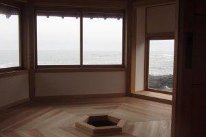 The hexagonal interior of Rokkakudo, with a space for a fire to brew tea