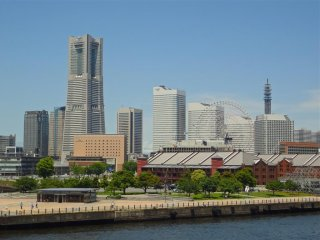 The view of Yokohama from the pier  is magnificent