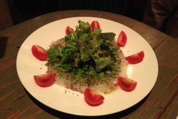 <p>Carpaccio salad</p>