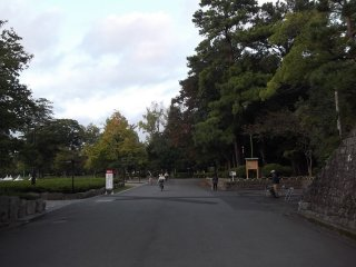 The entrance to the park on the west side
