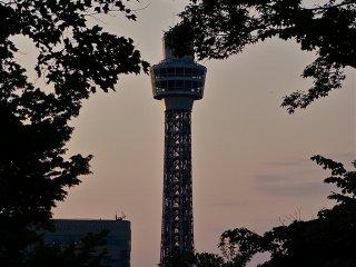Yokohama Marine Tower at dusk.