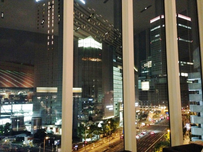 <p>Relive the glory days from the movie Hanzawa Naoki at the Grand Cafe at the Hilton Plaza Hall in Osaka.</p>