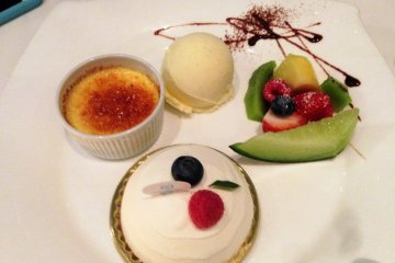 <p>Stunning desserts featuring the finest diary, chocolate and fruits of the season.</p>