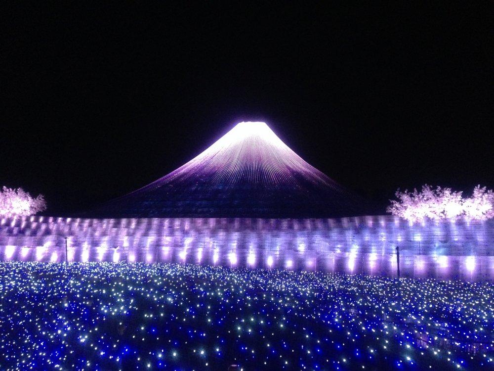 световое шоу в японии видео молодыми