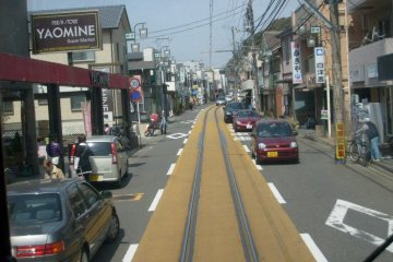 <p>Mixing it with the traffic on Enoshima&#39;s streets</p>