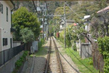<p>The approach to Gokurakuji tunnel</p>
