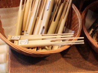 京都の味、イコール「湯豆腐」という刷り込みで、つい手を伸ばしてしまう「豆腐刺し」