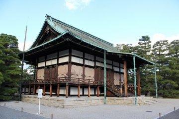 เดินเล่นในพระราชวังเกียวโต - 4