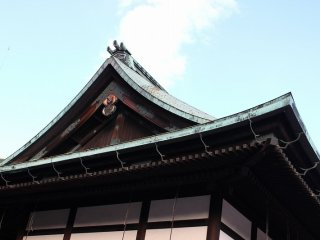 The Shunkoden was built to house the sacred mirror on the occasion of the enthronement ceremony of Emperor Taisho in 1915