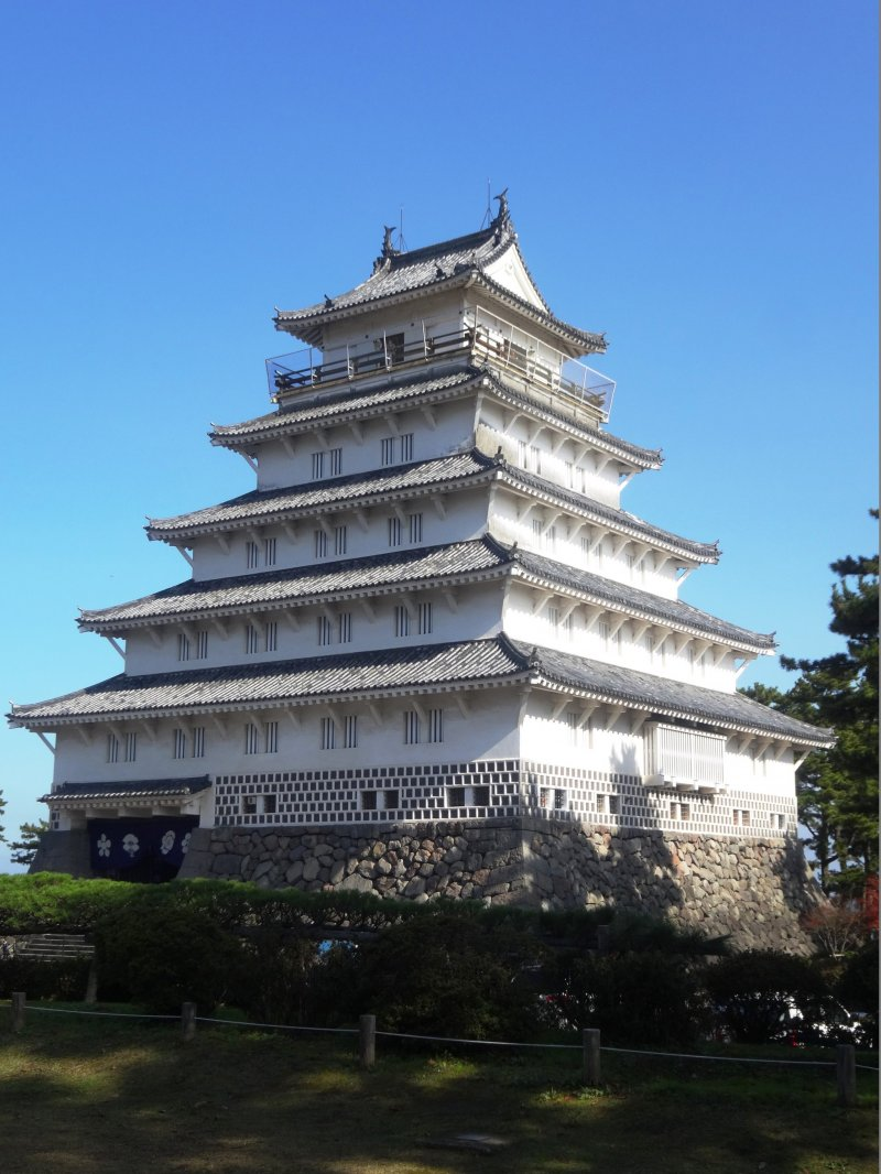 Главная здание замка Симабары