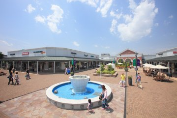Sano Premium Outlets® - 在日本的购物天堂
