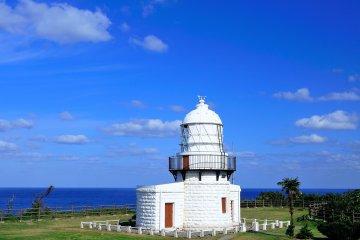 """El faro Rokkosaki. También se le conoce como """"Noroshi (faro en japonés) lighthouse""""."""