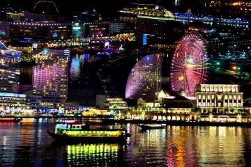 إضاءات عيد الكريسماس في يوكوهاما