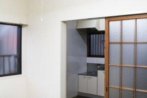 ห้องพักบางห้องนั้นมีสิ่งอำนวยความสะดวกพื้นฐานครบครันเพียงแค่หิ้วกระเป๋ามาตัวเปล่าก็เข้าอยู่ได้สบายๆ