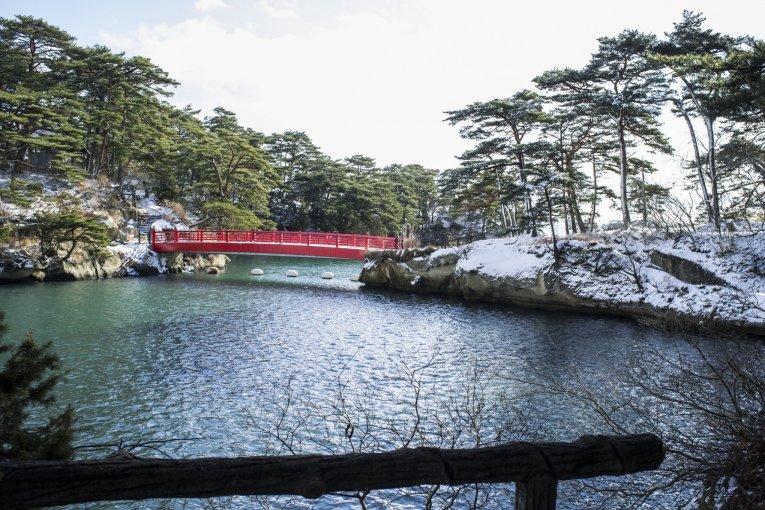 Vẻ đẹp khi tuyết rơi ở vịnh Matsushima