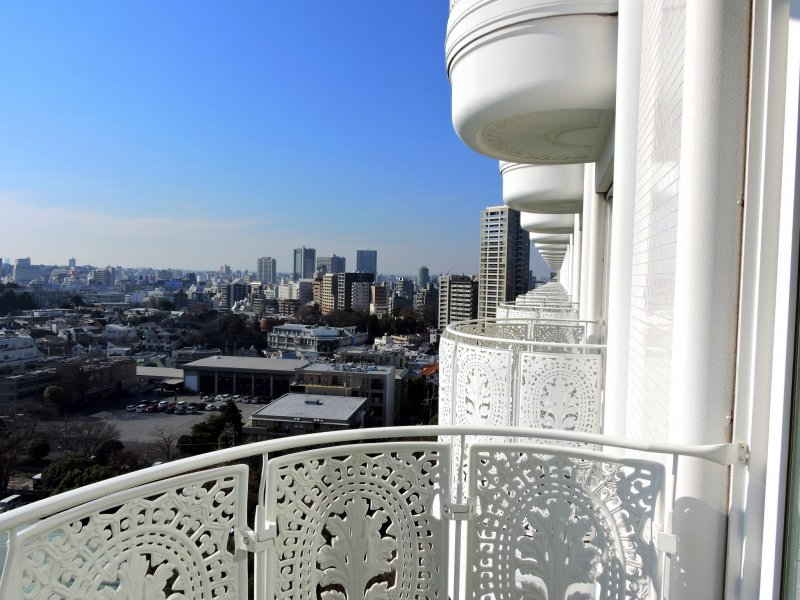 <p>Gorgeous view of Tokyo from the veranda of my room on the 15th floor. If you are lucky, you can even see Mt. Fuji from here!</p>
