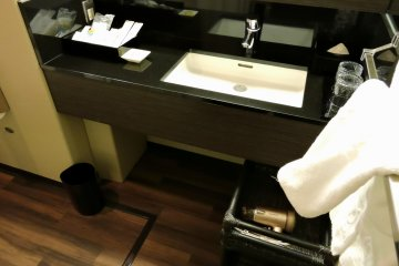<p>Wash basin in the bathroom</p>