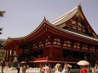 Sensō, một ngôi chùa Phật giáo cổ ở Asakusa