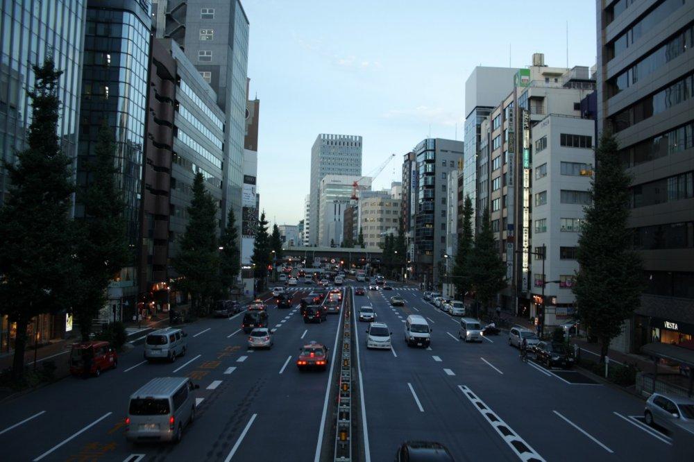 Ginza, một trong những khu phố mua sắm xa hoa bậc nhất thế giới
