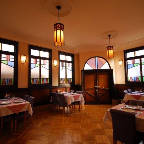 国登録有形文化財「モダン亭 太陽軒」で、日本の西洋料理をどうぞ