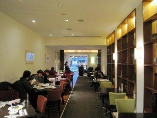 El interior del buffet restaurante Prandina, ubicado en el Kyoto Royal Hotel and Spa