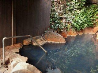 The ladies' outdoor onsen bath.