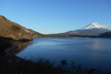 Озеро Мотосу